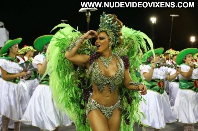 Viviane Araujo Mancha Verde Posing Hot Gorgeous Stunning Sensual
