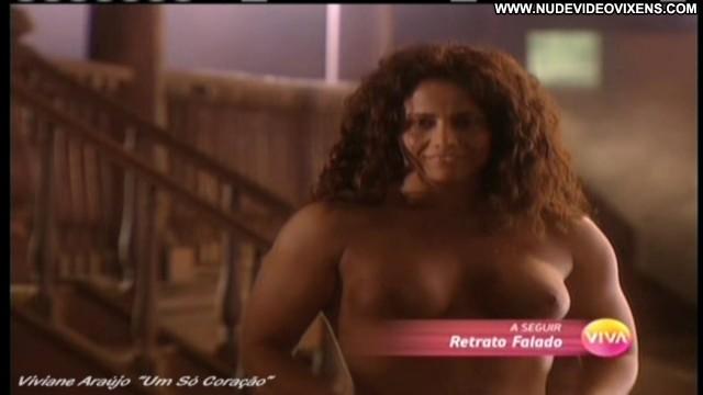 Viviane Araujo Um So Coracao Beautiful Posing Hot Celebrity Stunning