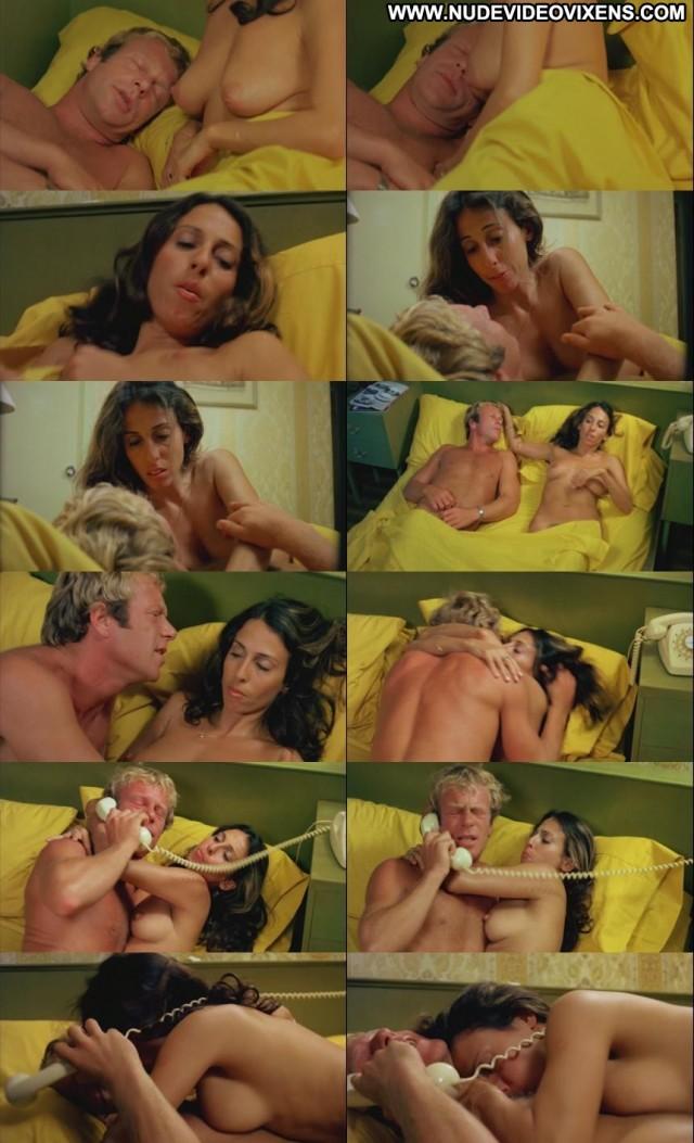 Victoria Anoux Scobie Malone Brunette Posing Hot Small Tits Celebrity