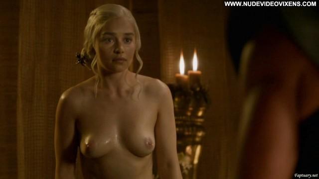 Emilia Clarke Game Of Thrones Posing Hot Sensual Celebrity Medium