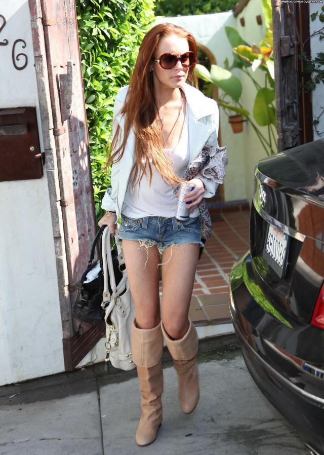 Lindsay Lohan Beautiful Babe Celebrity Malibu Party Posing Hot Female