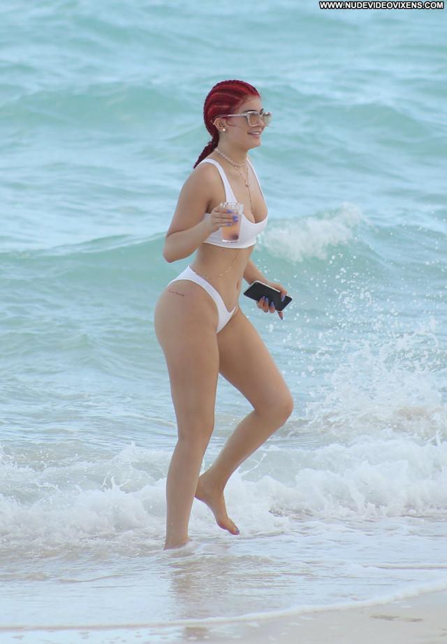Kylie Jenner No Source Beautiful Candids Celebrity Posing Hot Bikini