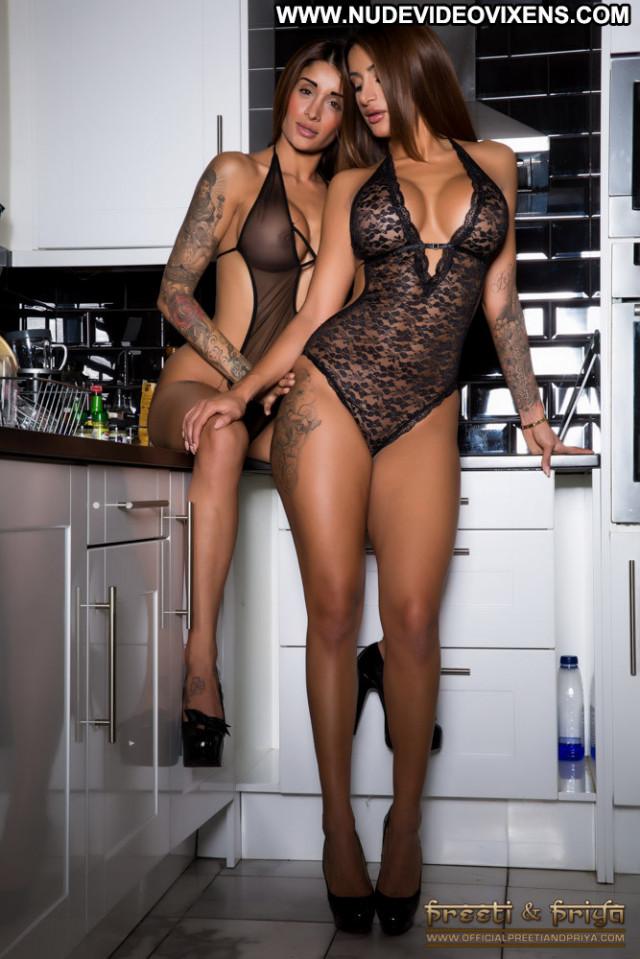 Preeti No Source Babe Naughty Posing Hot Babes Beautiful Celebrity