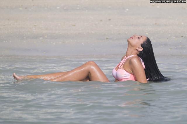 Tulisa Contostavlos No Source Beautiful Posing Hot Babe Bikini