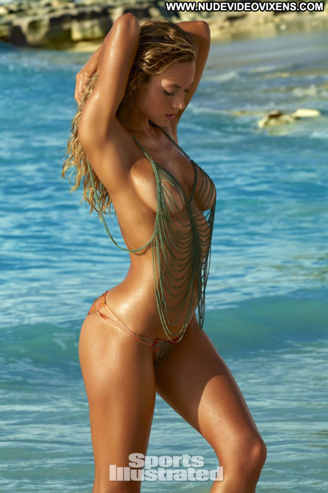 Hannah Ferguson Sports Illustrated Swimsuit Babe Celebrity Posing Hot