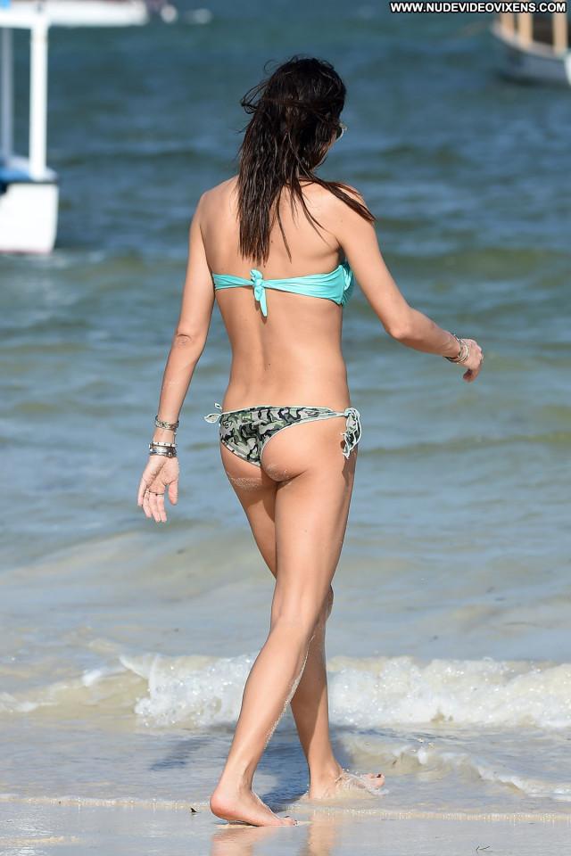 Elisabetta Gregoraci The Beach Bikini Beautiful Beach Posing Hot Babe