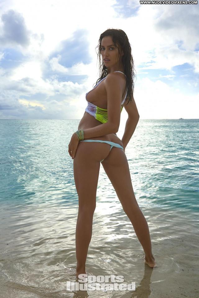 Irina Shayk Sports Illustrated Swimsuit  Russian Sports Beautiful