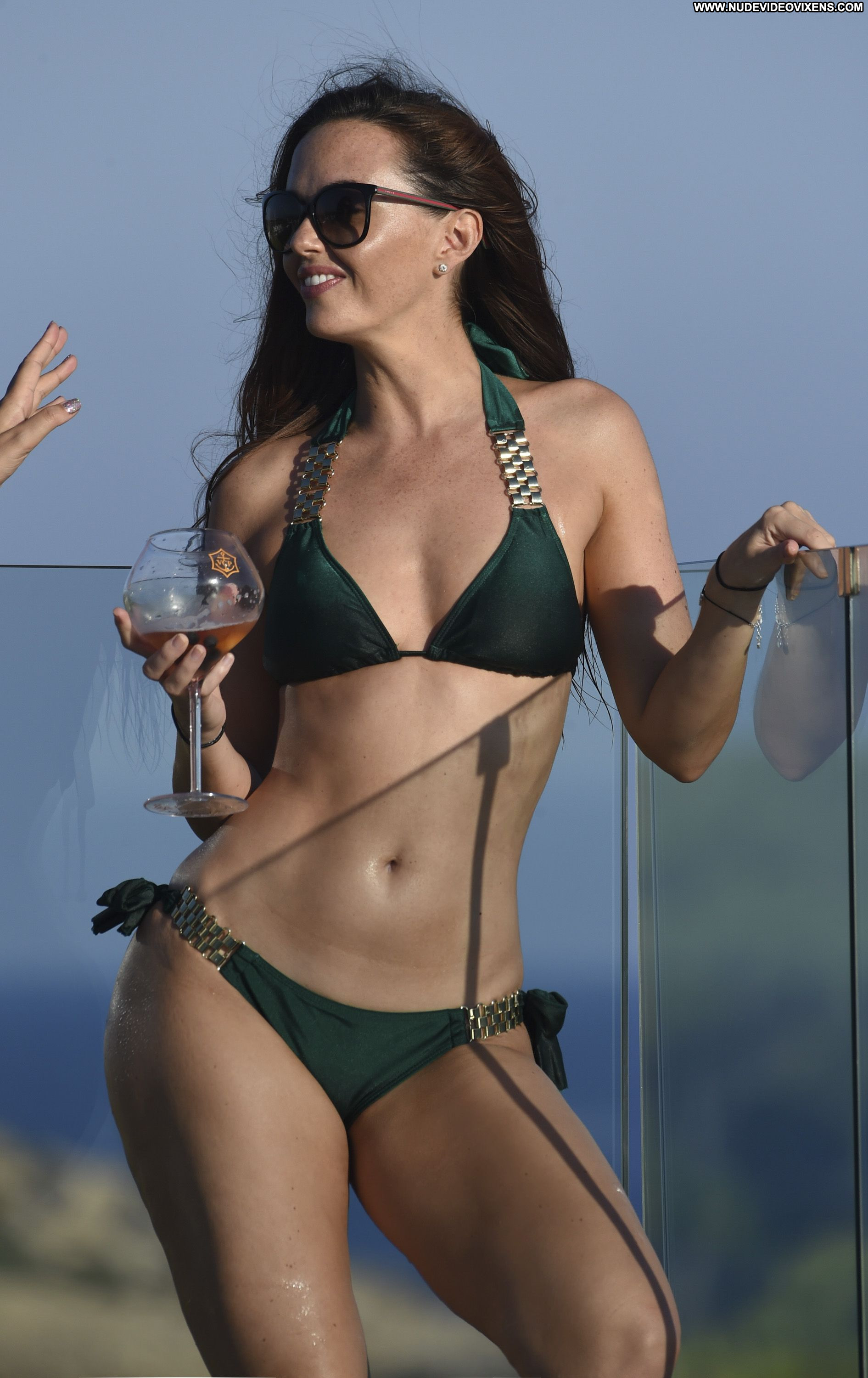Jennifer Metcalfe The Pool Celebrity Beautiful Babe Posing ...