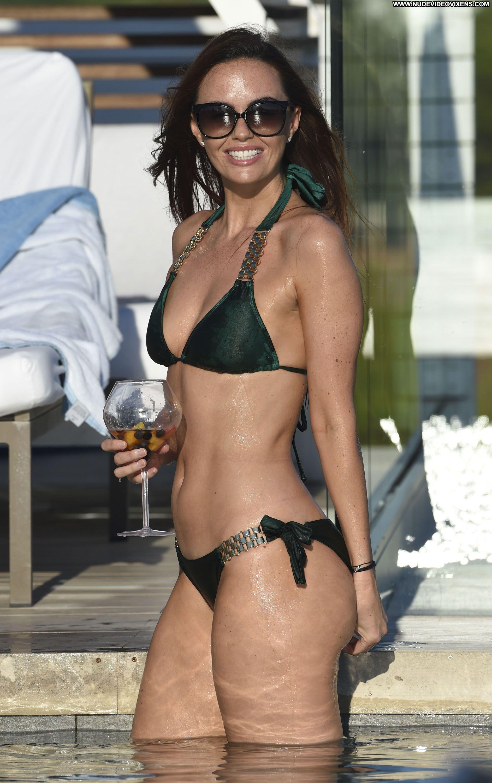 Jennifer Metcalfe The Pool Celebrity Beautiful Babe Posing ...
