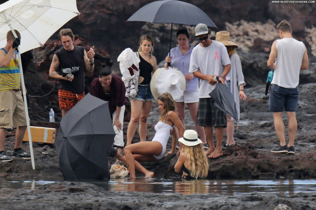 Jessica Alba Photo Shoot Swimsuit Celebrity American Sexy Babe