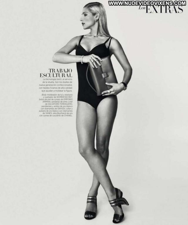 Elsa Pataky Spain Celebrity Magazine Babe Posing Hot Beautiful Doll