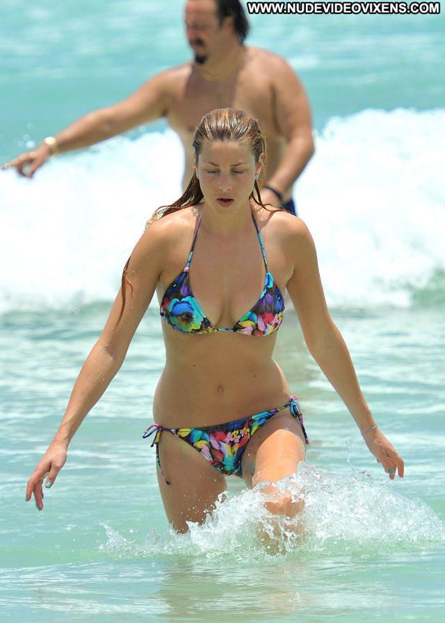 Bikini Paparazzi Celebrity Posing Hot Sexy Babe Beautiful Bikini