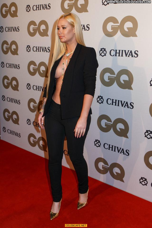 Iggy Azalea Gq Men Of The Year Awards Celebrity Babe Awards Posing