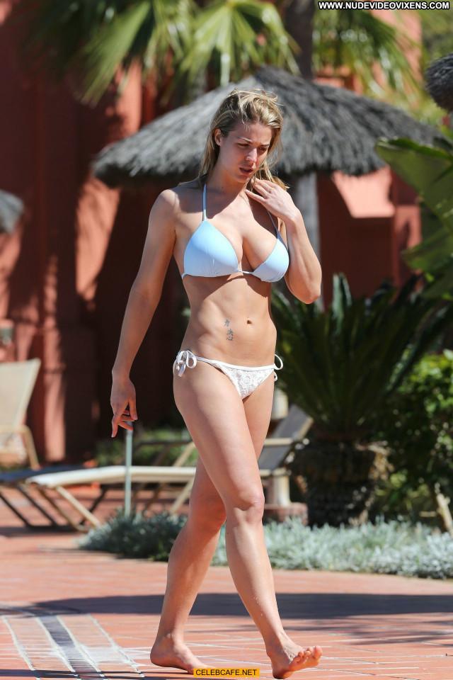 Gemma Atkinson No Source Celebrity Beautiful Poolside Babe Posing Hot