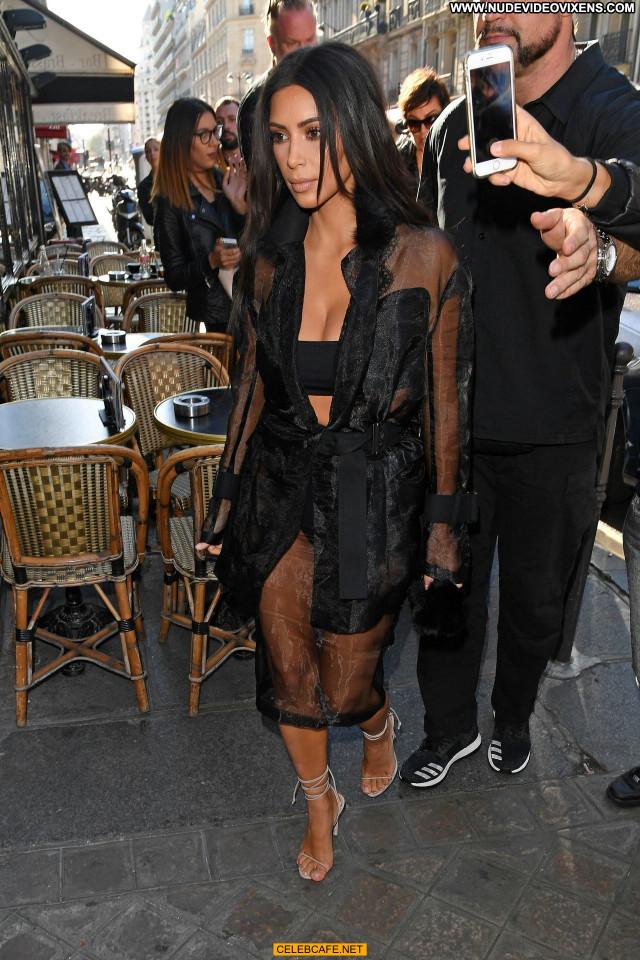 Kim Kardashian No Source Celebrity Babe Paris Posing Hot Ass Beautiful
