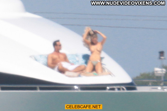 Joanna Krupa No Source Yacht Celebrity Posing Hot Toples Babe Topless
