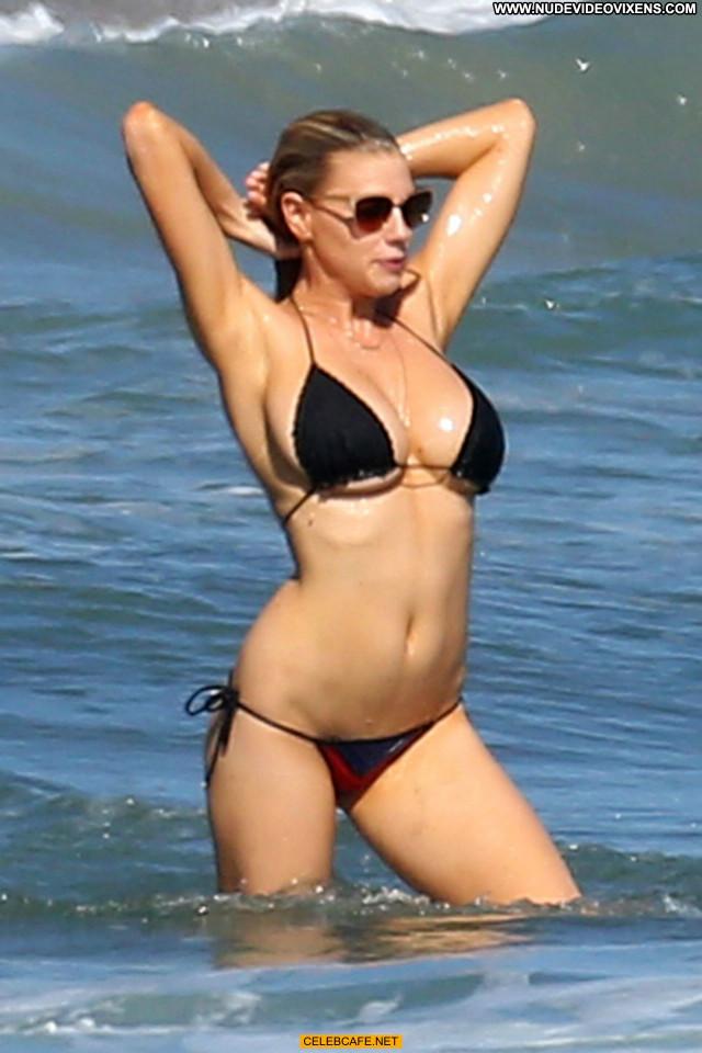 Charlotte Mckinney No Source Malibu Babe Posing Hot Side Of Boob Ass