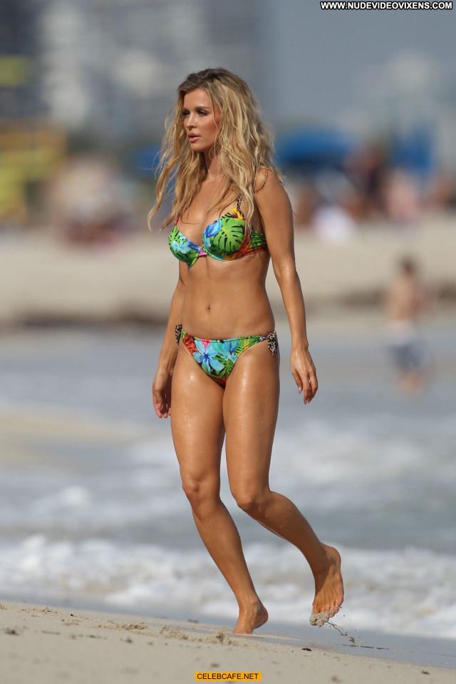 Joanna Krupa No Source Babe Posing Hot Sex Beautiful Celebrity Sexy