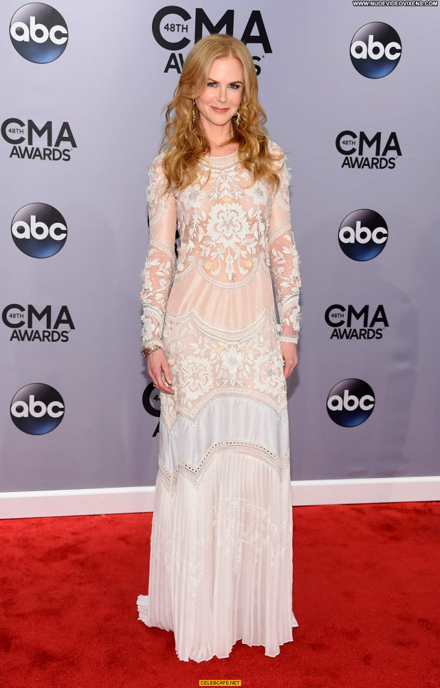 Nicole Kidman Cma Awards Celebrity Awards See Through Posing Hot