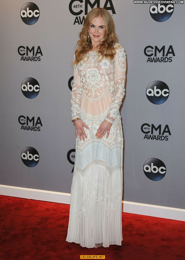 Nicole Kidman Cma Awards Awards Celebrity Babe See Through Posing Hot