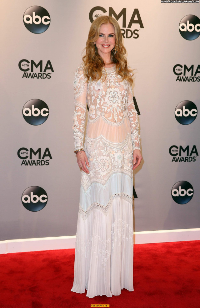 Nicole Kidman Cma Awards Babe Beautiful See Through Posing Hot