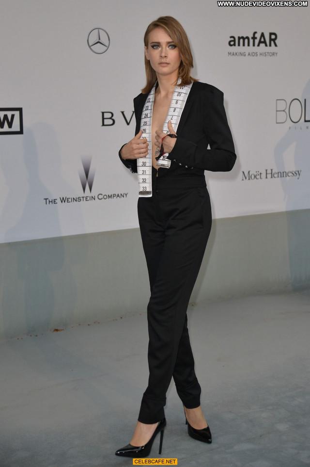 Olga Sorokina No Source Cleavage Beautiful Bra Babe Celebrity Posing