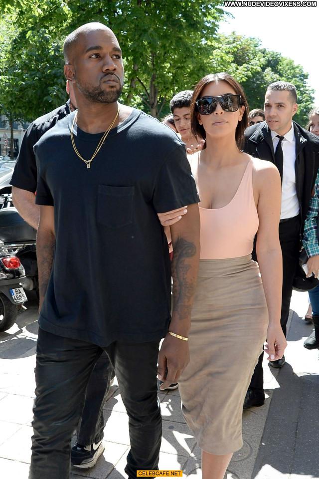 Kim Kardashian No Source Celebrity Paris Beautiful Posing Hot Ass Babe