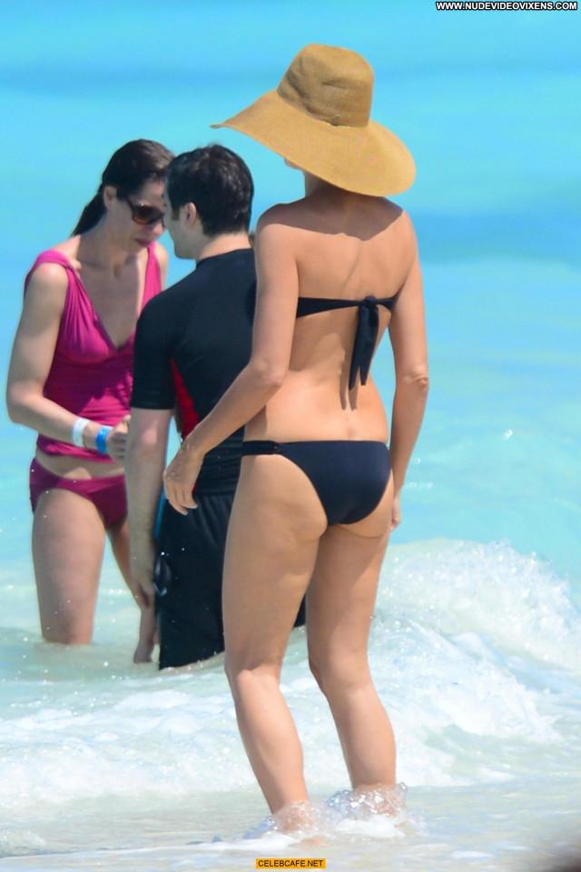 Heidi Klum No Source Beach The Bahamas Babe Beautiful Bikini Posing