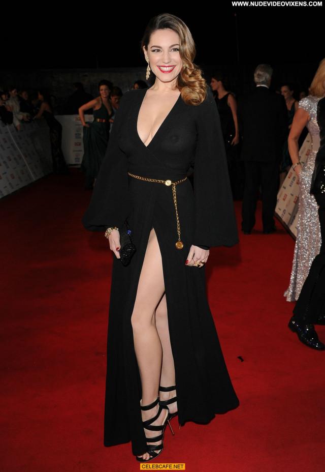 Kelly Brook No Source Posing Hot See Through Beautiful Bra Celebrity