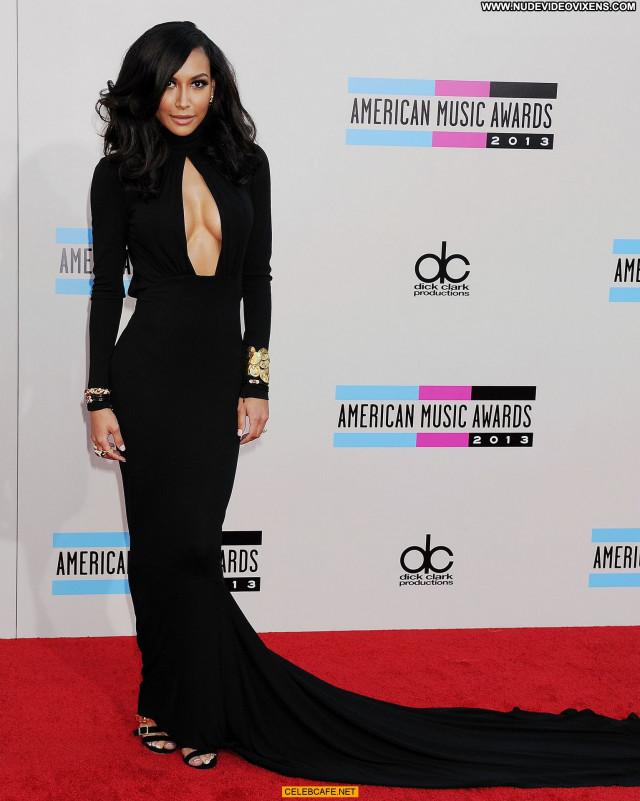 Naya Rivera American Music Awards Celebrity Awards Cleavage Posing
