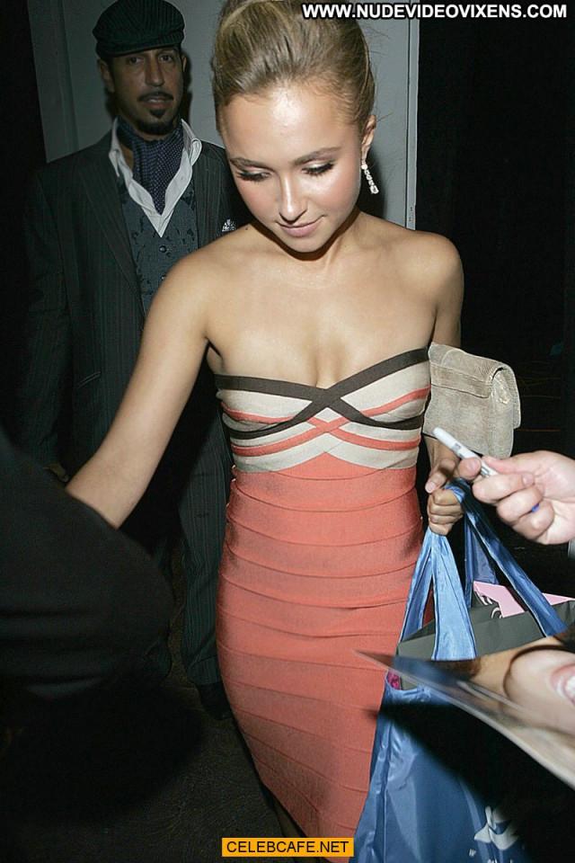Hayden Panettiere Paparazzi Shots Paparazzi Posing Hot Beautiful Sex