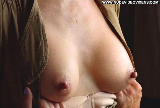 Emma De Caunes No Source Big Tits Train Toples Celebrity Breasts