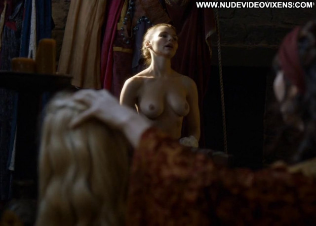 Eline Powell Game Of Thrones Stage Toples Tits Beautiful Topless