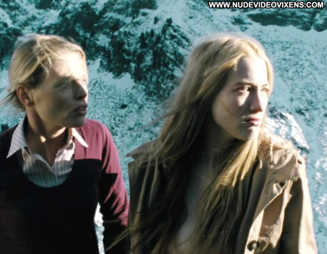 Sophie Lowe Autumn Blood Big Tits Breasts Ass Posing Hot Adventure