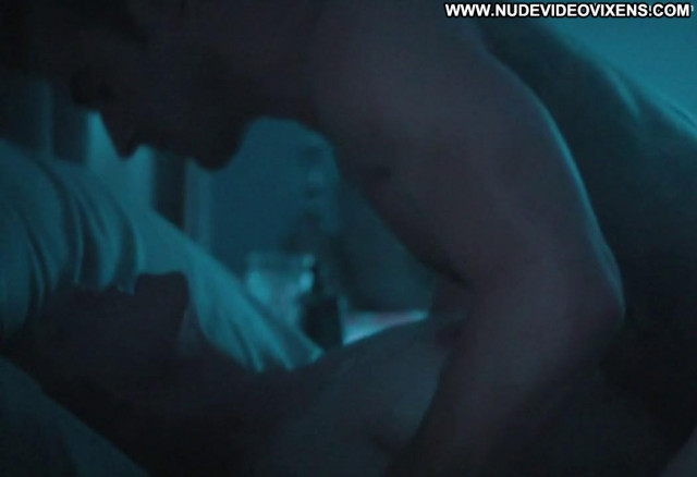 Carrie Coon The Leftovers Sex Scene Posing Hot Nude Sex Scene Bed