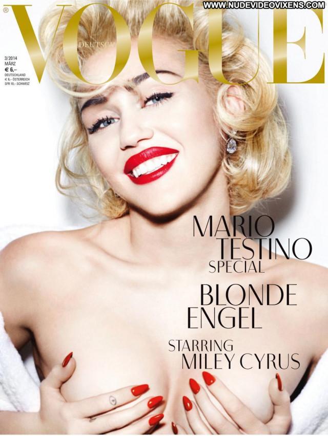 Miley Cyrus Vogue Germany Breasts Magazine Black Germany Braless