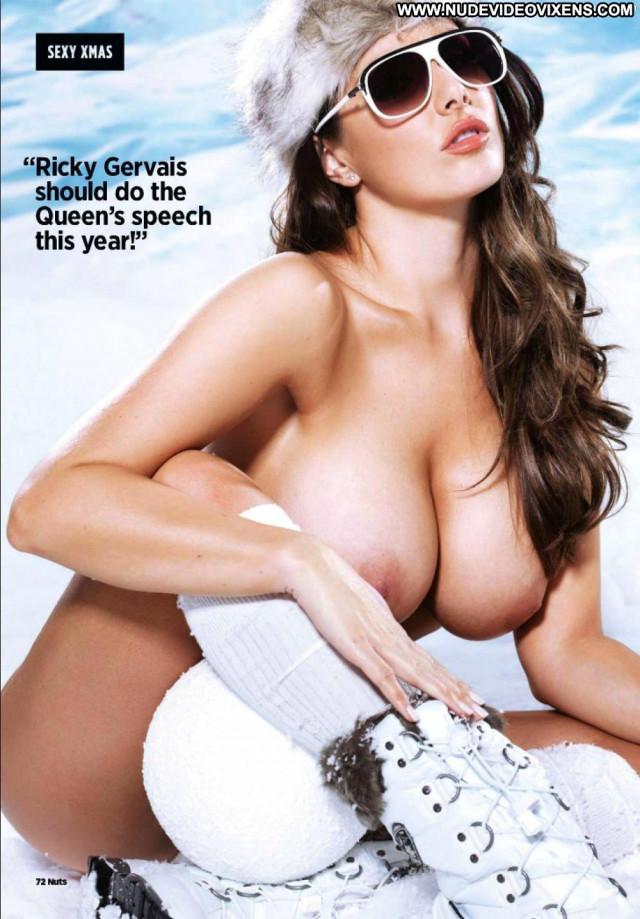 Rosie Jones No Source Toples Big Tits Outdoors Posing Hot Sexy