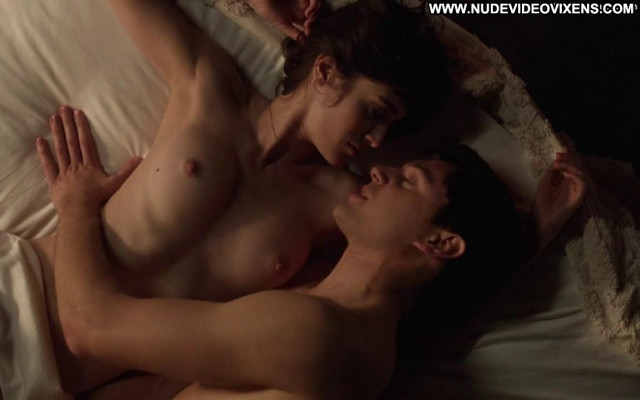 Lizzy Caplan Masters Of Sex Babe Sex Nude Bed Mom Beautiful Celebrity