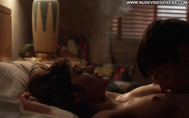 Lizzy Caplan Masters Of Sex Sex Bed Celebrity Mom Nude Babe Beautiful