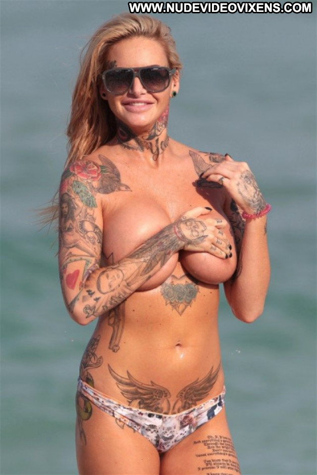 Jemma Lucy The Beach Celebrity Posing Hot Boobs Sexy Beach Nude