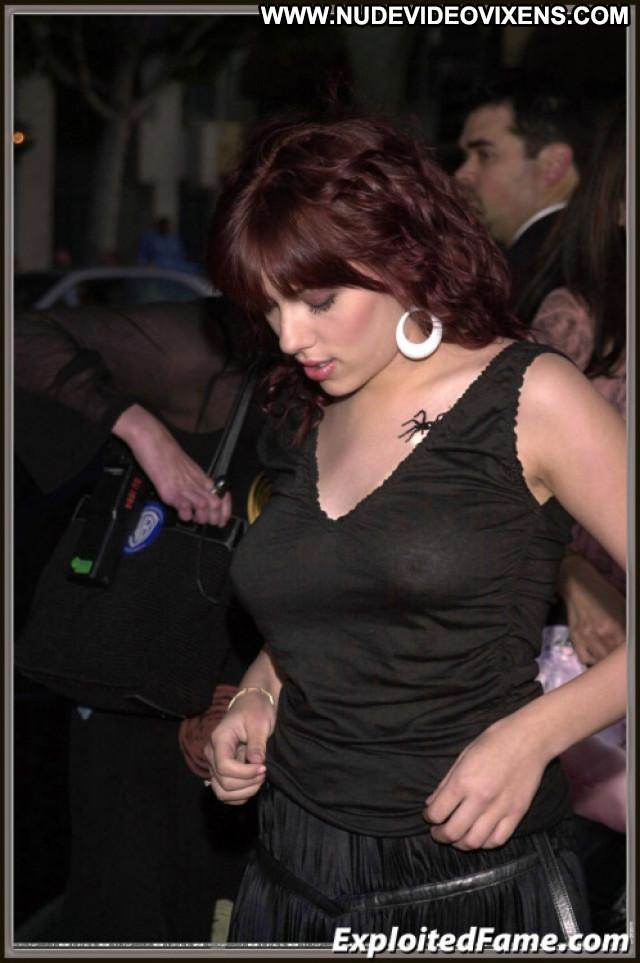 Scarlett Johanson No Source Celebrity Babe Posing Hot Beautiful Nude