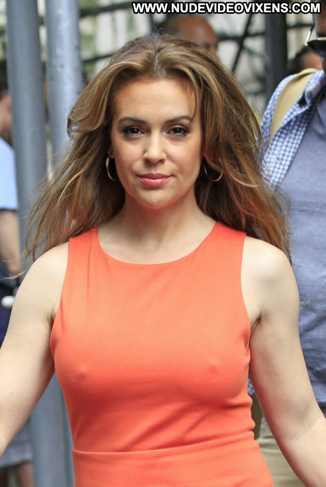 Alyssa Milano The Outer Limits Glamour Sea Bar Boss Facebook Babe