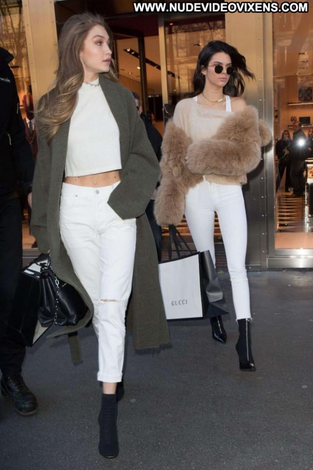 Kendall Jenner Paris Beautiful Paparazzi Hotel Babe Hot Celebrity