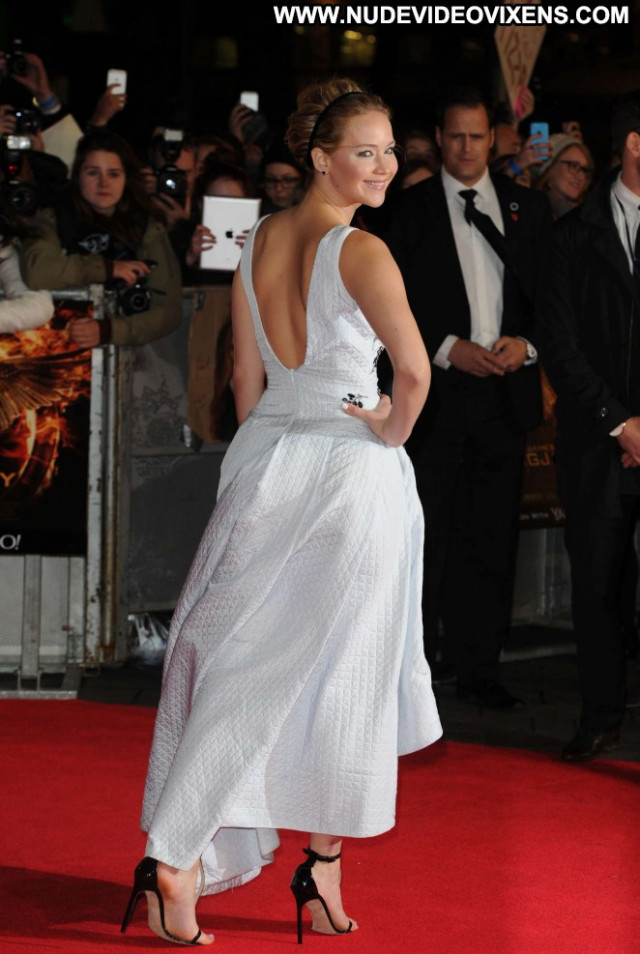 Jennifer Lawrence The Hunger Games Beautiful Babe London Celebrity