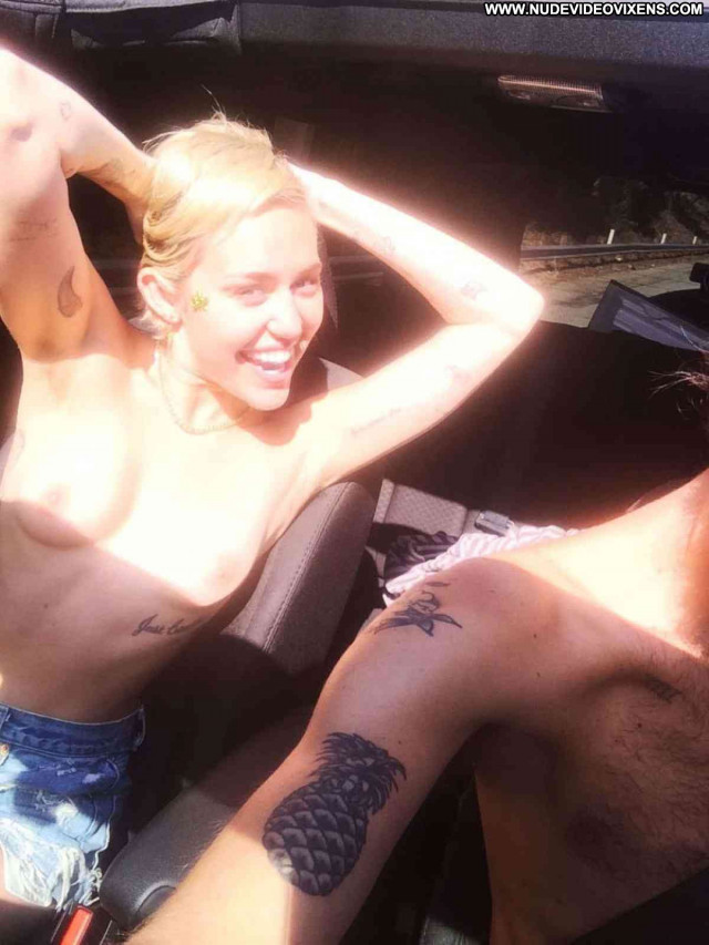 Miley Cyrus No Source Nasty Perfect Beautiful Blonde Babe Reality