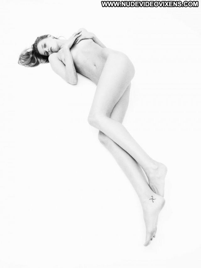 Iza Olak Cameron Davis Celebrity Bra River Bar Toples Topless