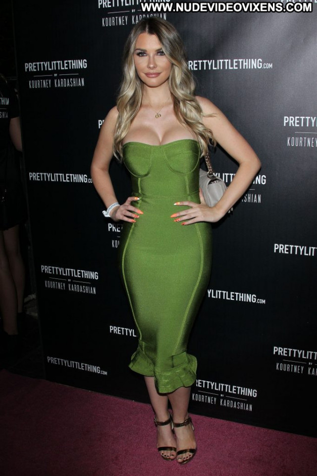 Bakhar Nabieva Anna Nicole Pretty Babe Hot Videos Park Celebrity