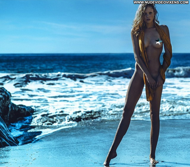 Hannah Ferguson S Magazine Hungarian Blonde Actress Mexican Celebrity