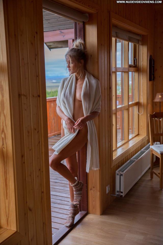 Alejandra Guilmant S Magazine Sex Usa Beautiful Nude Blonde Model