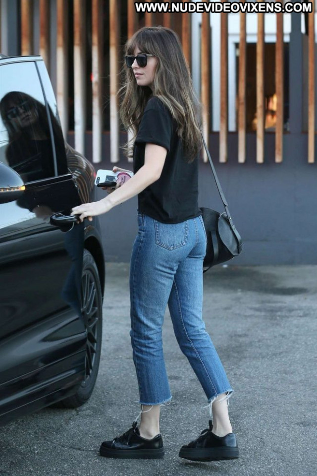 Dakota Johnso Beverly Hills  Paparazzi Celebrity Babe Posing Hot